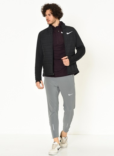 Outdoor Mont-Nike
